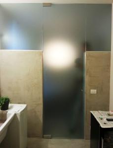 box doccia con porta a tutta altezza e due vetri fissi laterali