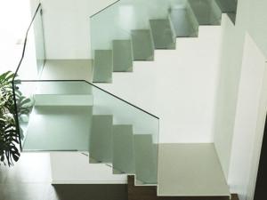 parapetti scale e balaustra