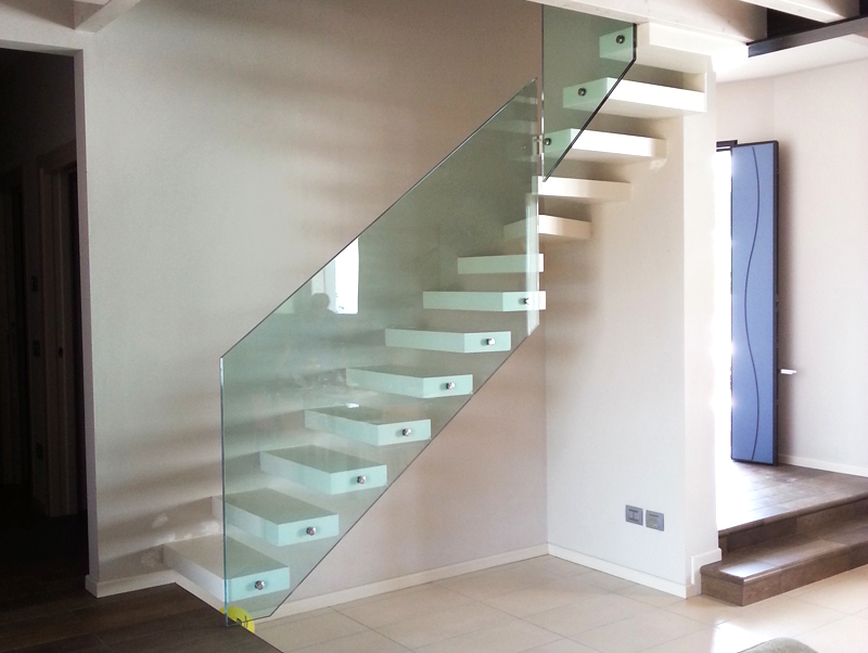 Parapetti scala 1 leali vetri vetrocamera isolanti e arredo design - Parapetti in vetro per scale ...