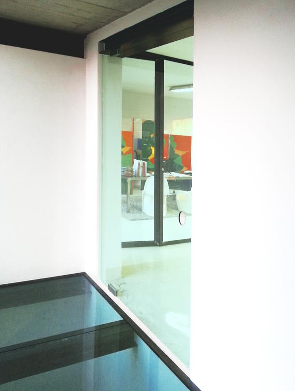 Porta in cristallo ufficio leali vetri vetrocamera - Porta tocca pavimento ...