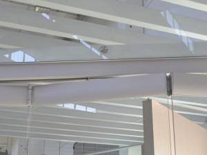 showroom Leali Vetri, dettaglio porta a vetri a impacchettamento