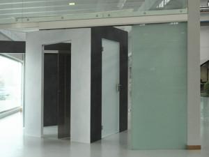 showroom Leali Vetri, design, porte e vetrate